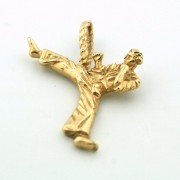 Pre-owned Yellow Gold Martial Arts Pendant