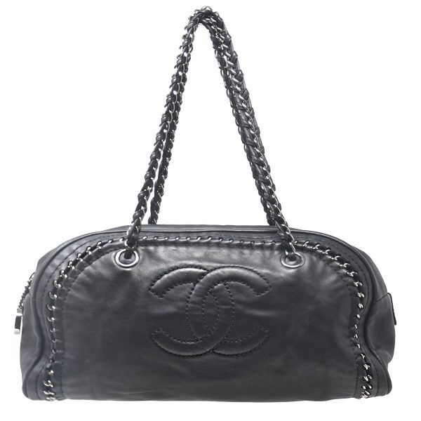 CHANEL Luxe Ligne Black Medium Leather Bowler Shoulder Bag