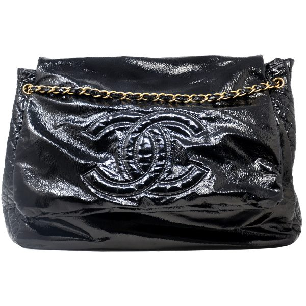 CHANEL Rock and Chain Large Black Patent Leather Travel Bag