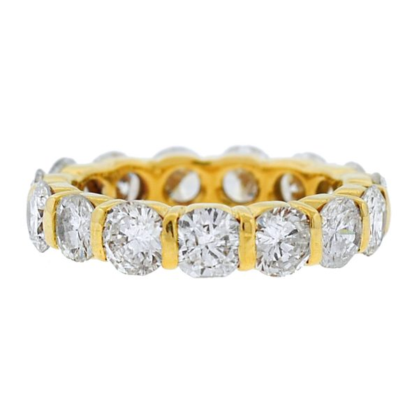 15 Stone Yellow Gold Round Diamond Eternity Ring