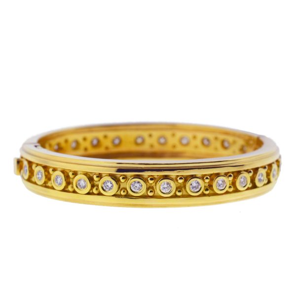 18k Yellow Gold Round Diamond Bangle Ladies Bracelet